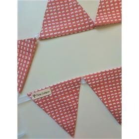 Bandeirola Triangular Virgula Telha
